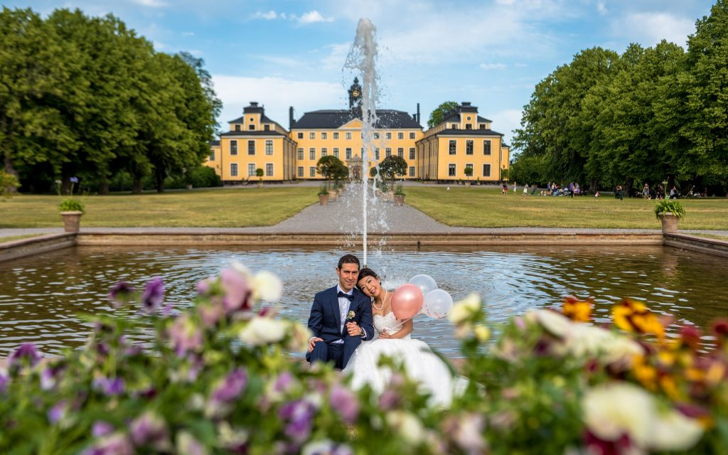 Wedding photo session at Ulriksdal Palace