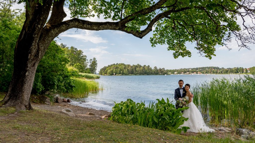 Wedding photo session at Edsviken